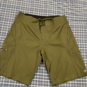 Luluemon board/ swim shorts
